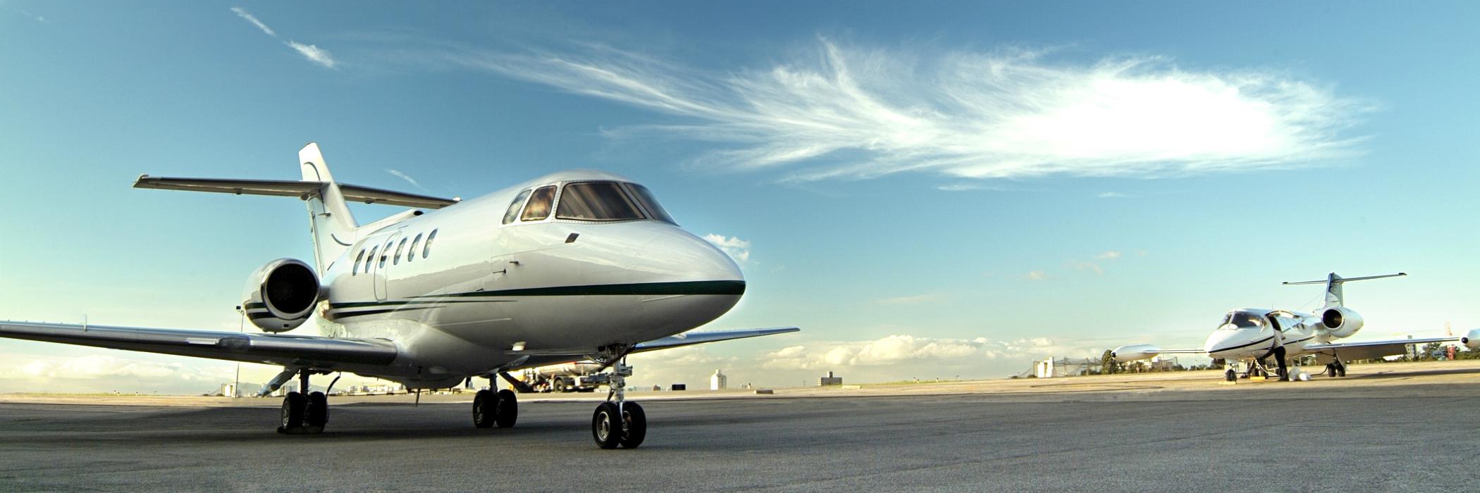 Gulfstream 5 on runway